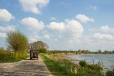 Commemoration Operation Cannonshot 2019 - Commemoration Operation Cannonshot 2019: A WWII jeep driving along the river IJssel during the Operation Cannonshot Memorial Tour 2019. In the...