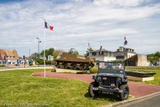 75th anniversary of D-Day - Classic Car Road Trip Normandy, 75 years after D-Day: A WWII Ford Jeep in front of a Sexton self-propelled gun at Ver-sur-Mer. The Sexton was...
