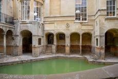IMM 2019 Bristol - Classic Car Road Trip: On our way to the IMM 2019, we visited the Roman Baths in Bath, a great city to explore. The King's Bath is one of...