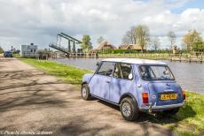 Stuyvesant Tour - Stuyvesant Mini Tour 2017, a one day road trip in and around the Weerribben-Wieden: The Meenthebrug is a drawbridge...