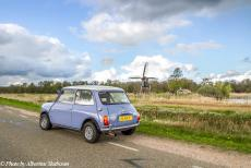 Stuyvesant Tour - Stuyvesant Tour 2017: Our classic mini in front of the 'De Wicher', a small drainage mill in the Weerribben-Wieden, a...